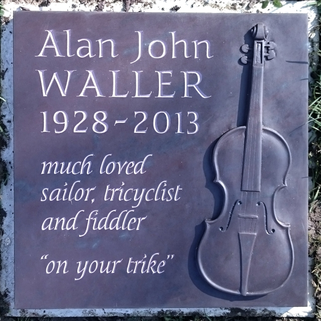 Waller plaque